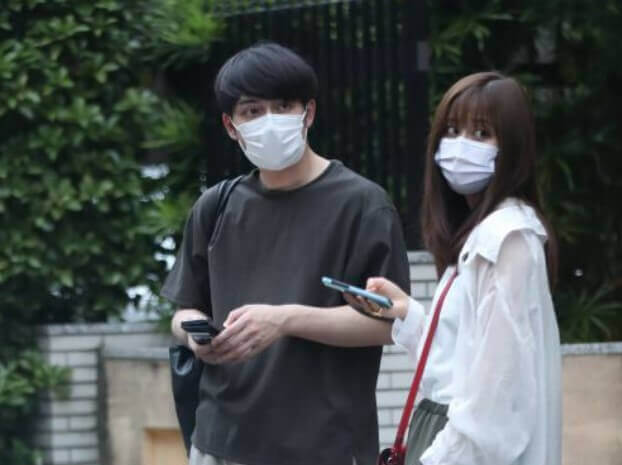 斎藤ちはるアナと小林廣輝アナのフライデー画像