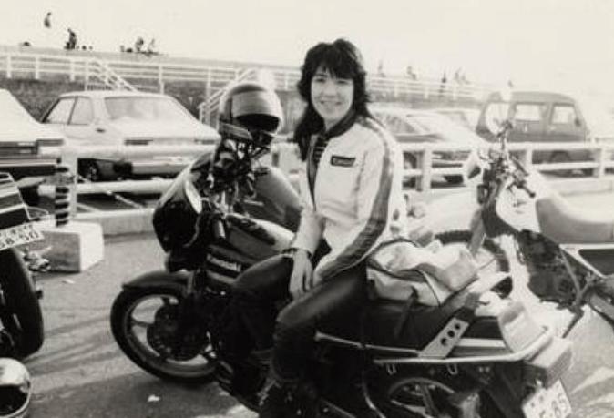 高市早苗、若い頃、バイク